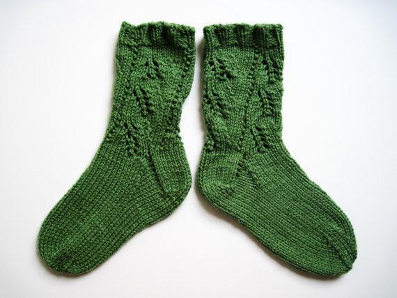 Fernleaf Thick Winter Socks Knitting Pattern