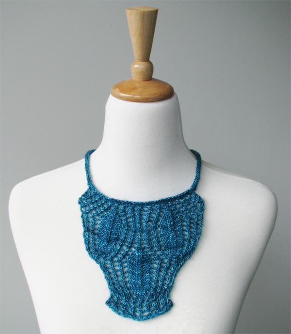 Petarli Knitted Necklace Pattern