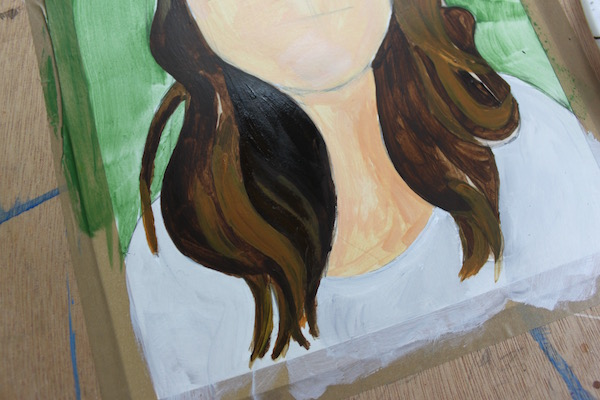 How to paint shades in hair