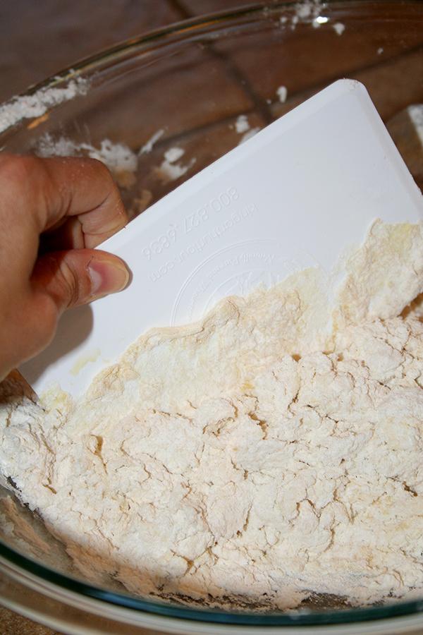 Mix Flour and Eggs to Make Homemade Pasta Dough