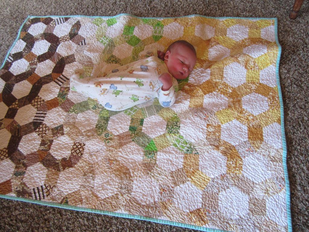 quilt made using honecomb pattern