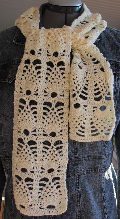 Pineapple Crochet Scarf