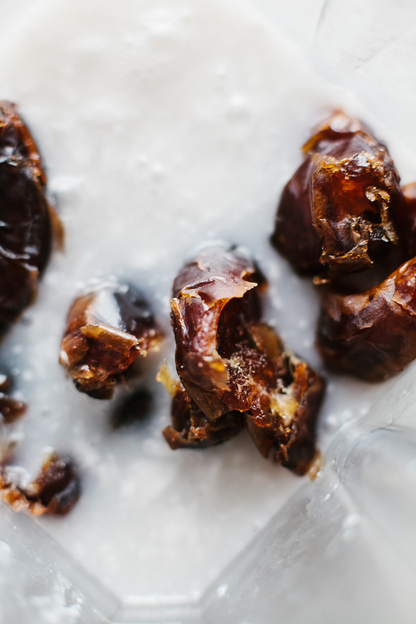dates in coconut milk