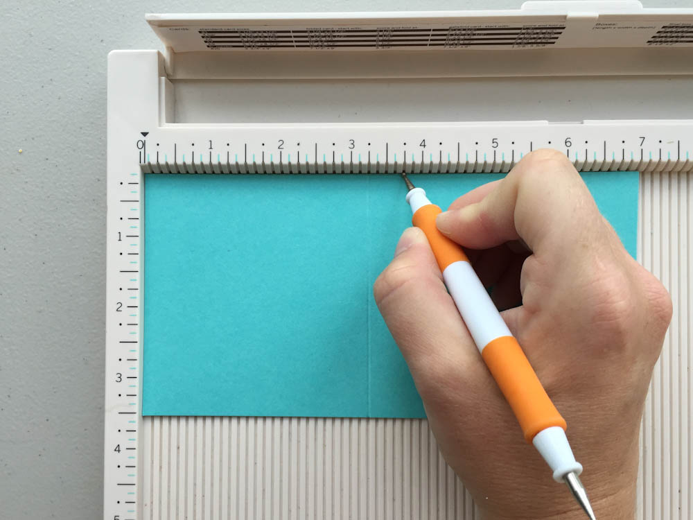 Scoring Post-It-Note Holder