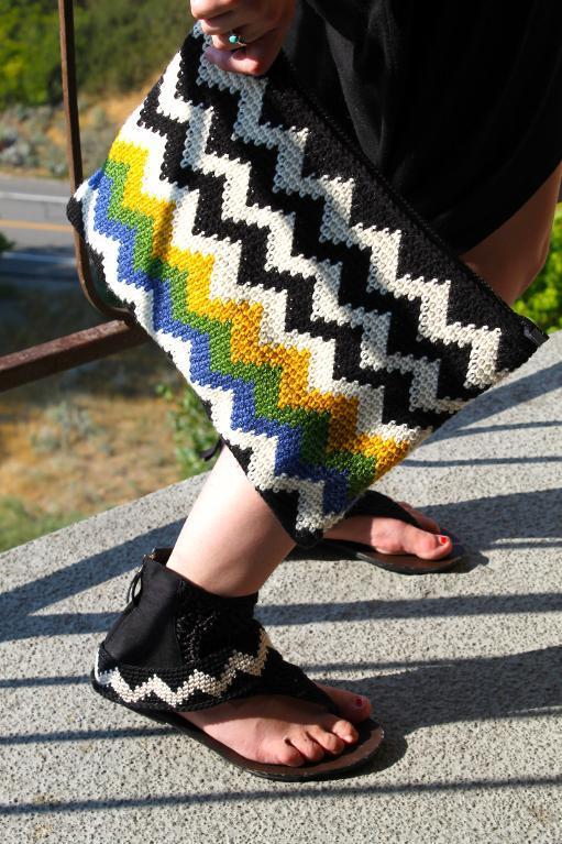 chevron crochet clutch purse