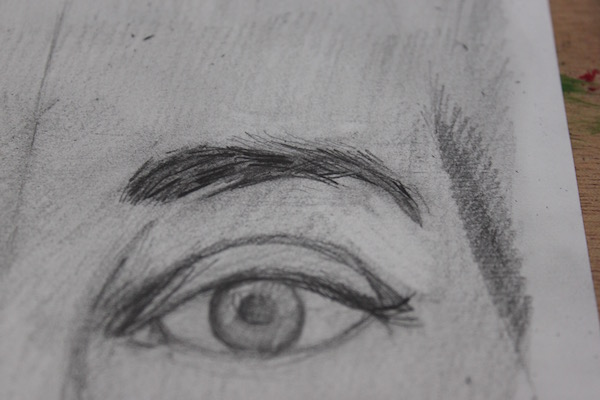 Finished right eyebrow