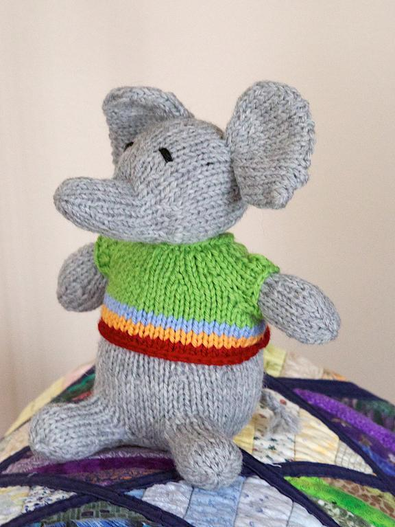 Wee Knitted Elephant