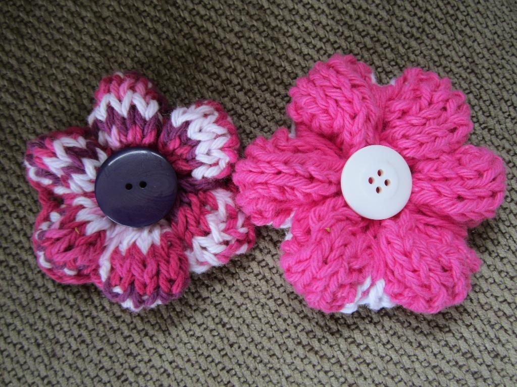 Simple Knit Flower FREE Pattern