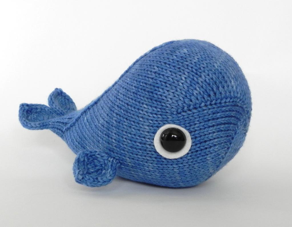 Wasabi Whale Knitting Pattern