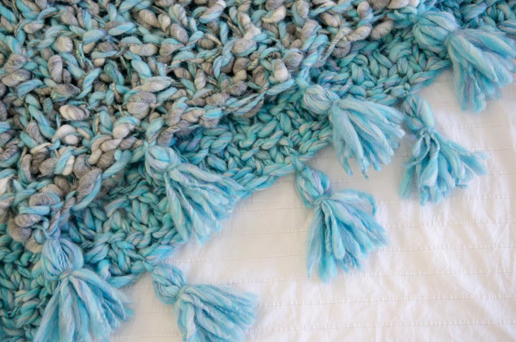 Snuggle Up Tassel Blanket Knitting Pattern
