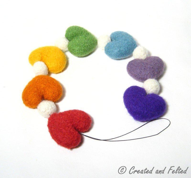 Felt Heart Garland FREE Knitting Pattern