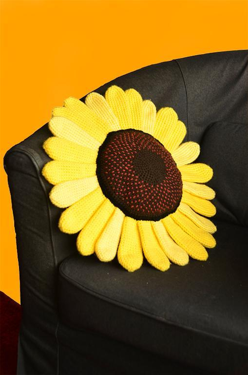 Sunflower Pillow Crochet Pattern