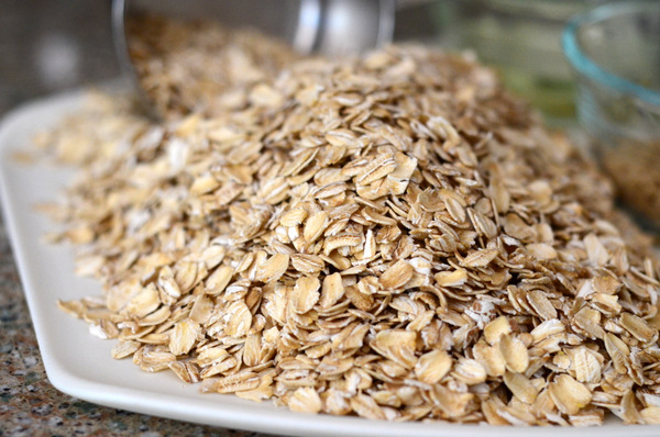 Uncooked rolled oats, ready to be made in to granola