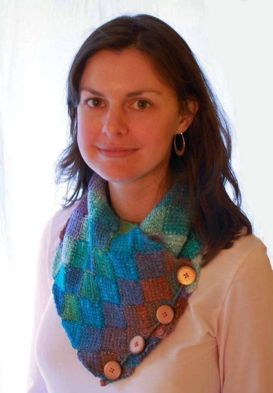 tunisian entrelac crochet neckwarmer