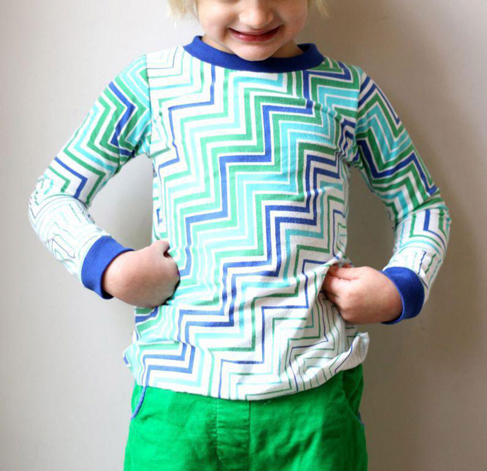 Use this cute pattern to sew a comfy T-shirt!
