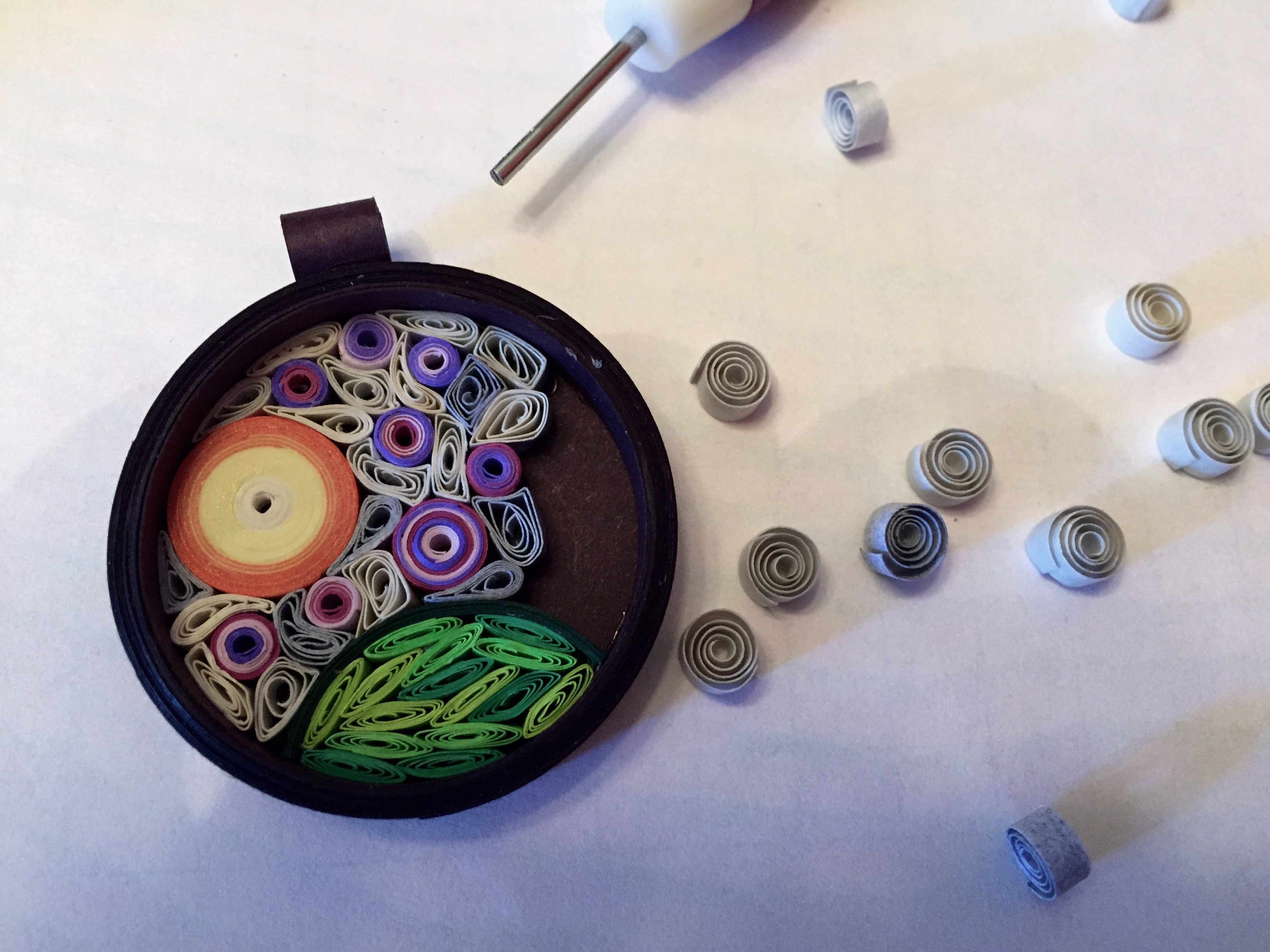 fill in quilled background
