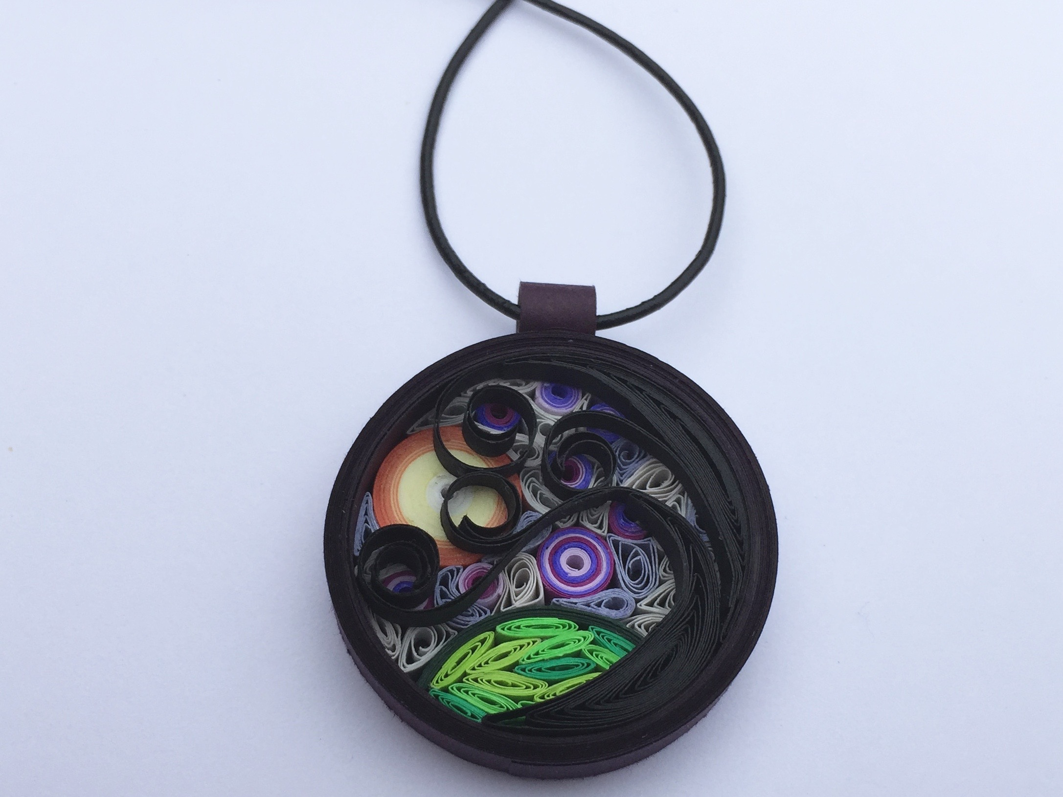 Finished autumn quilled pendant