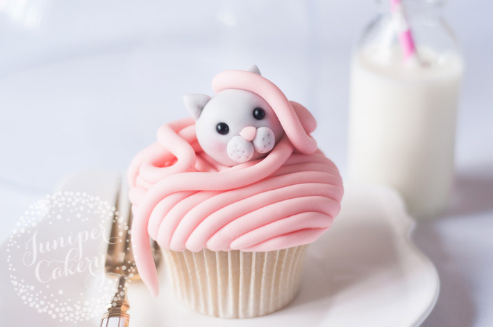 This cat cupcake tutorial is easy enough for beginners