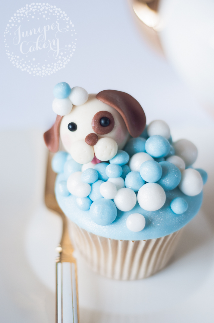 Easy and fast tutorial for adorable dog cupcakes
