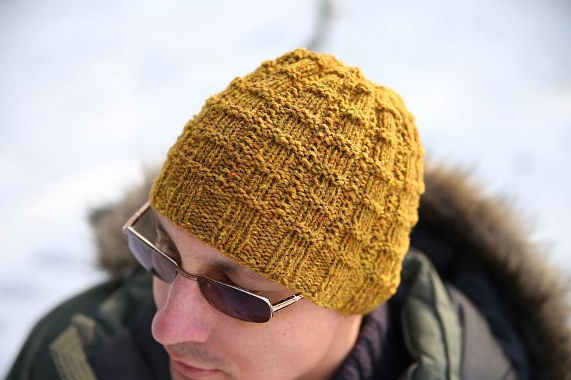Man Needs Hat FREE Knitting Pattern
