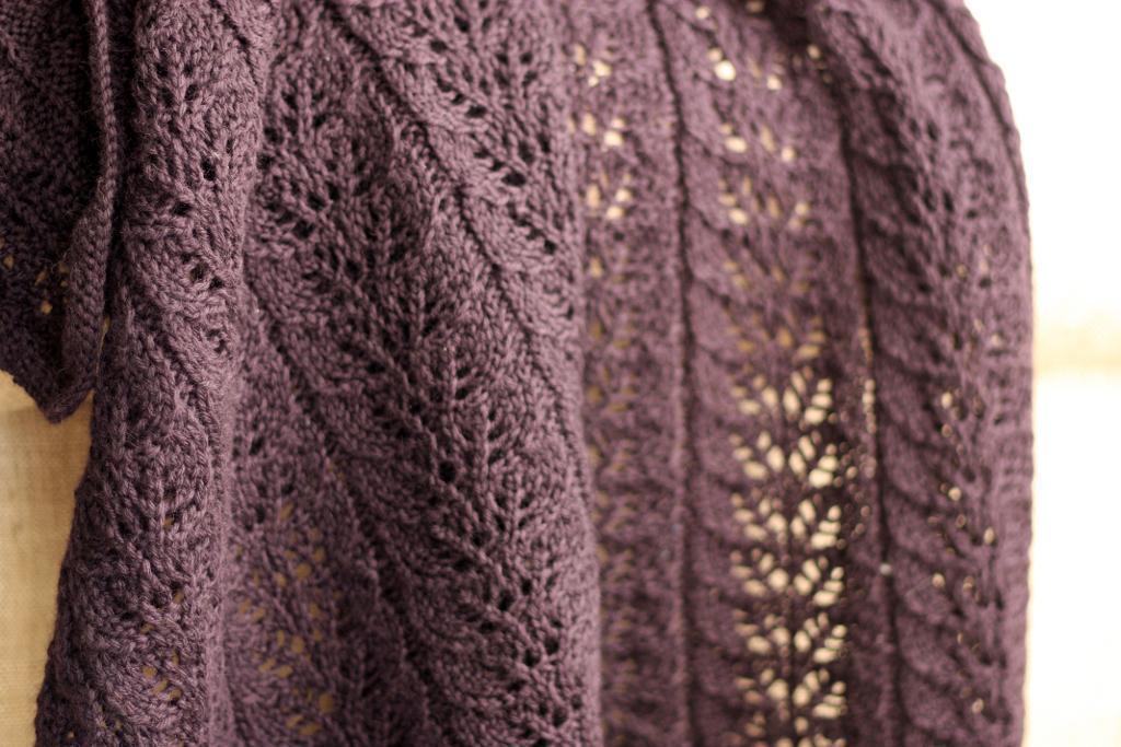 Twin Leaf FREE Baby Blanket Knitting Pattern