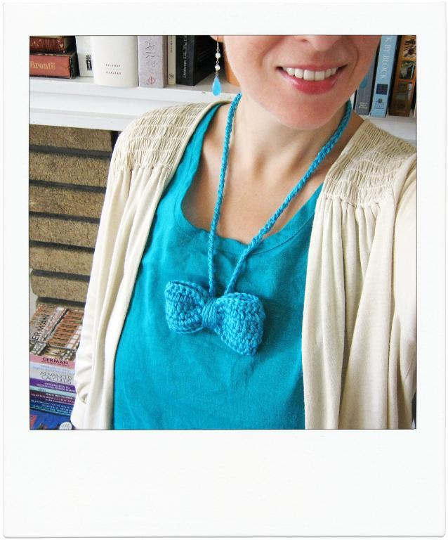 Crochet Bow Necklace FREE Pattern