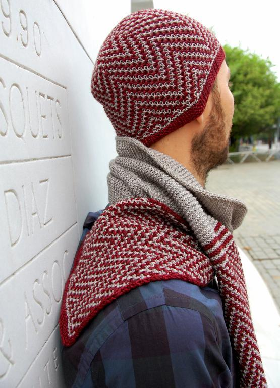 Geometric Unisex Scarf and Hat Set
