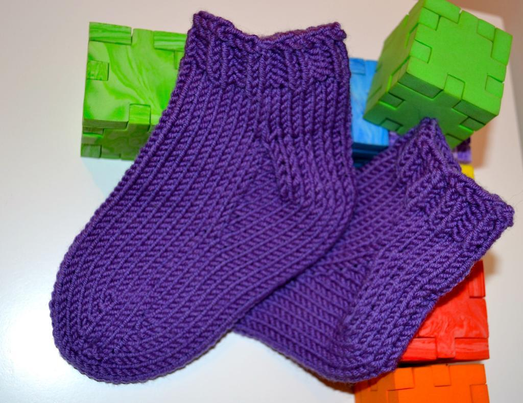 Triumph Toddler Sock FREE Knitting Pattern