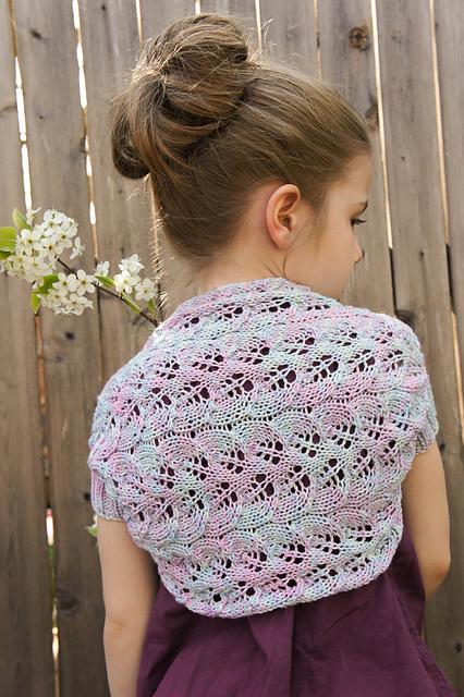 Brynna Shrug FREE Knitting Pattern