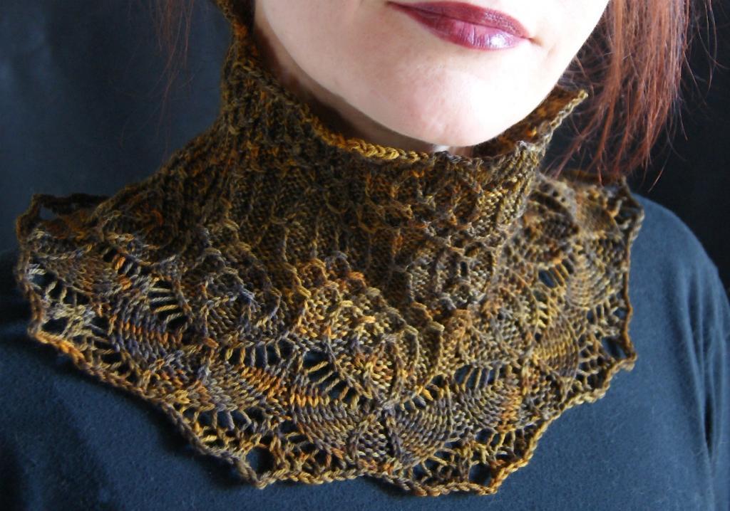 Lierne - Tierceron II Neckwarmer Knitting Pattern
