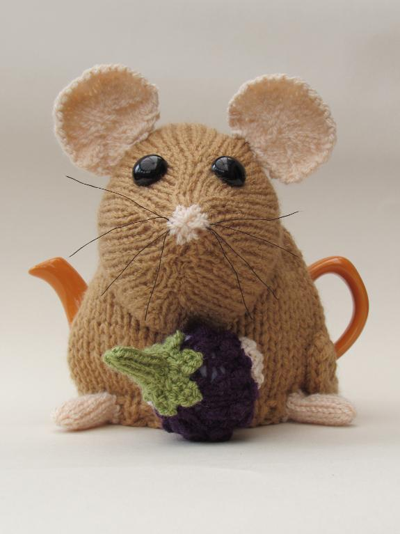 Small Size Dormouse Tea Cozy