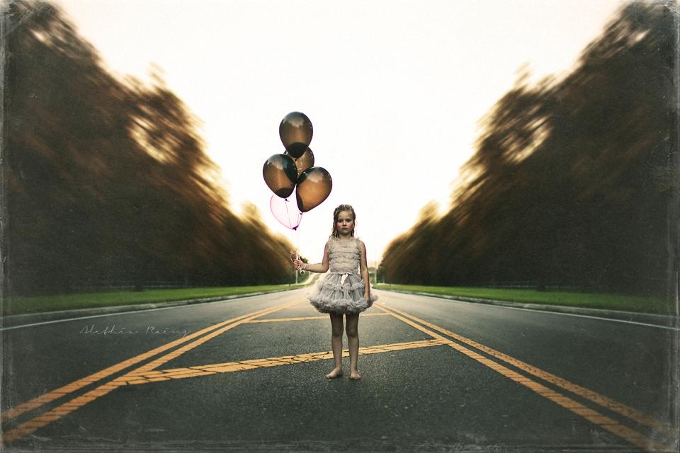 child balloon road