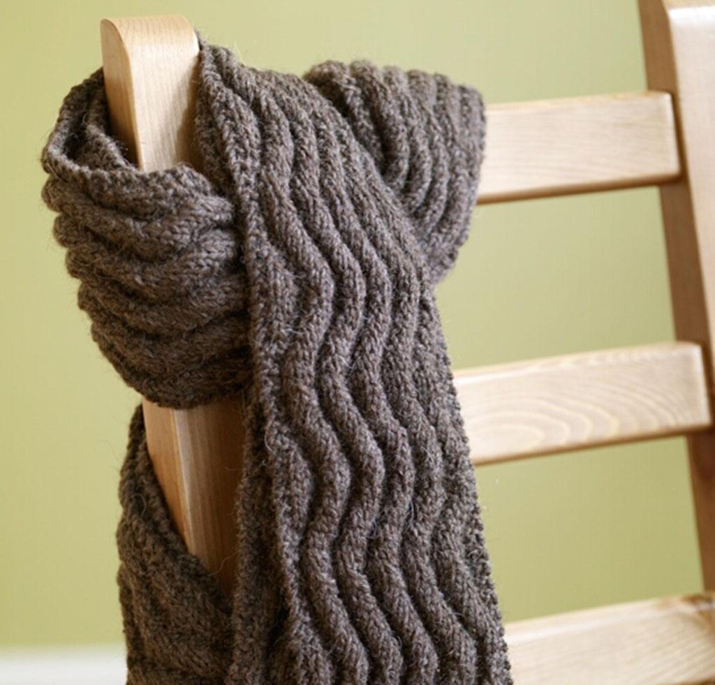 Meandering Rib Scarf Knitting Kit