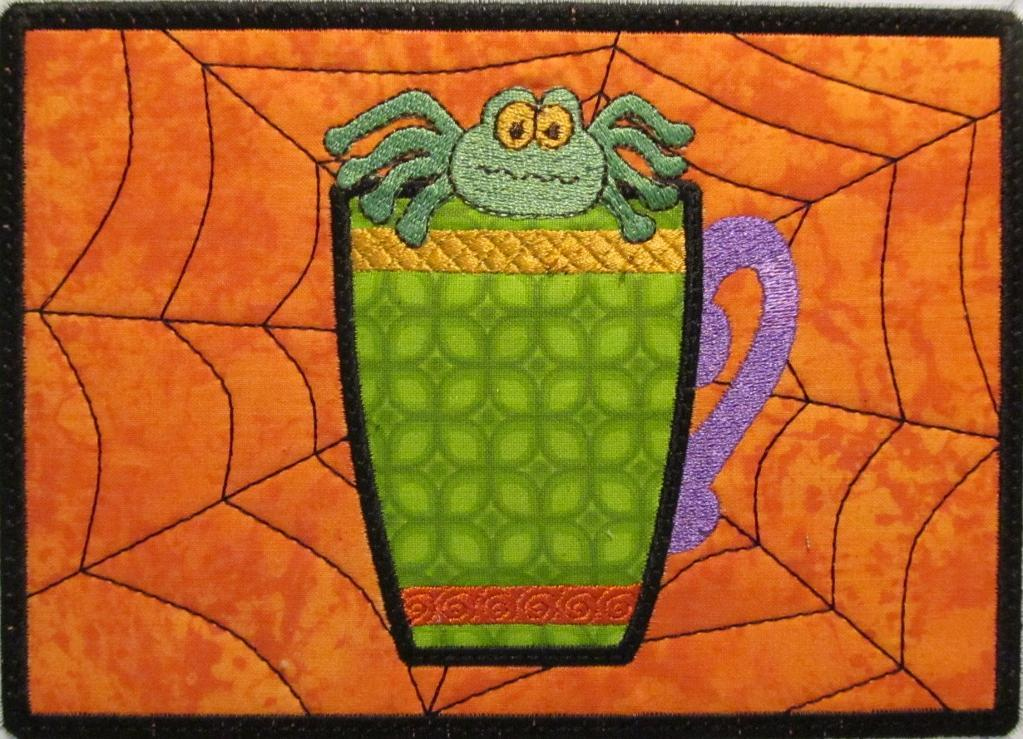Mach Emb ITH Mug Rug Spider in Cup