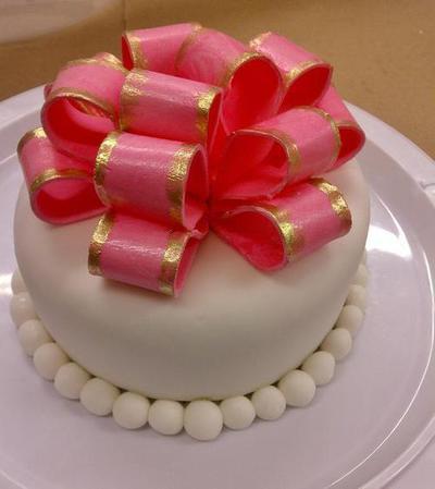 cake fondant bow