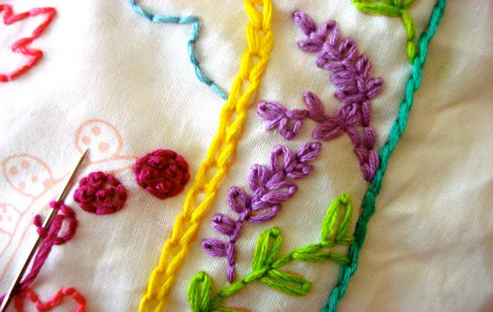 Chain stitch and detached chain stitch
