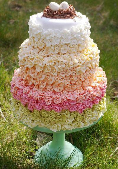 fondant floral cake