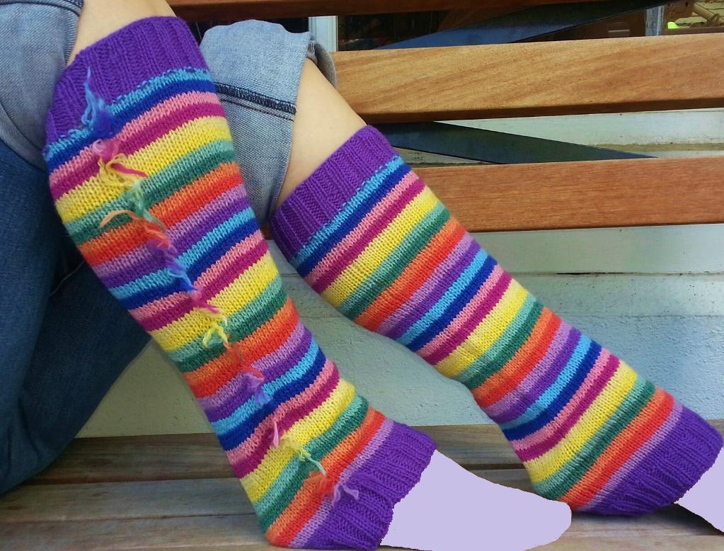 Life Savers Leg Warmers FREE Knitting Pattern