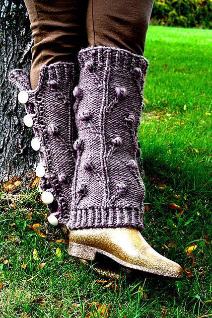 Ironforge Leg Warmers FREE Knitting Pattern