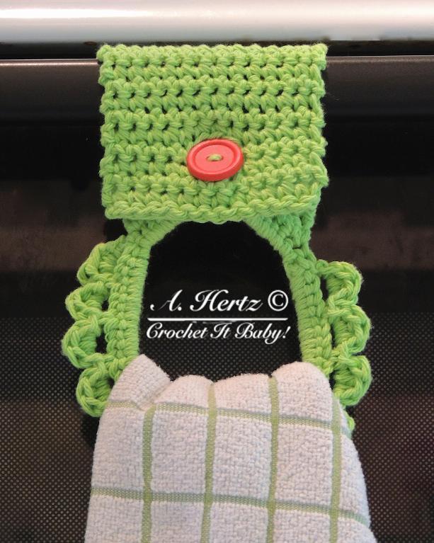 full_4719_64204_CrochetTowelHolderPattern_1