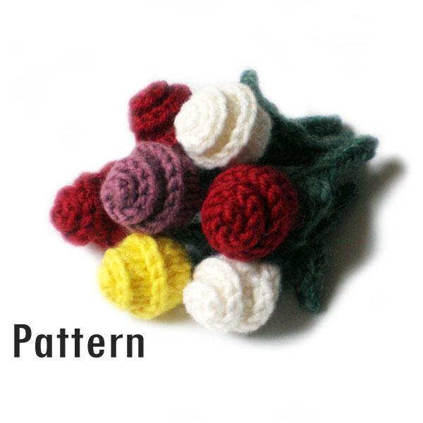 Miniature Knit Roses