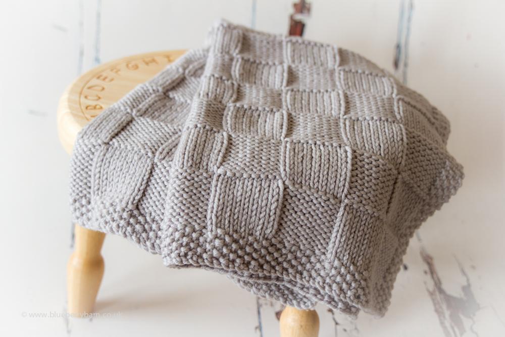 Chunky Checks Baby Blanket Knitting Pattern