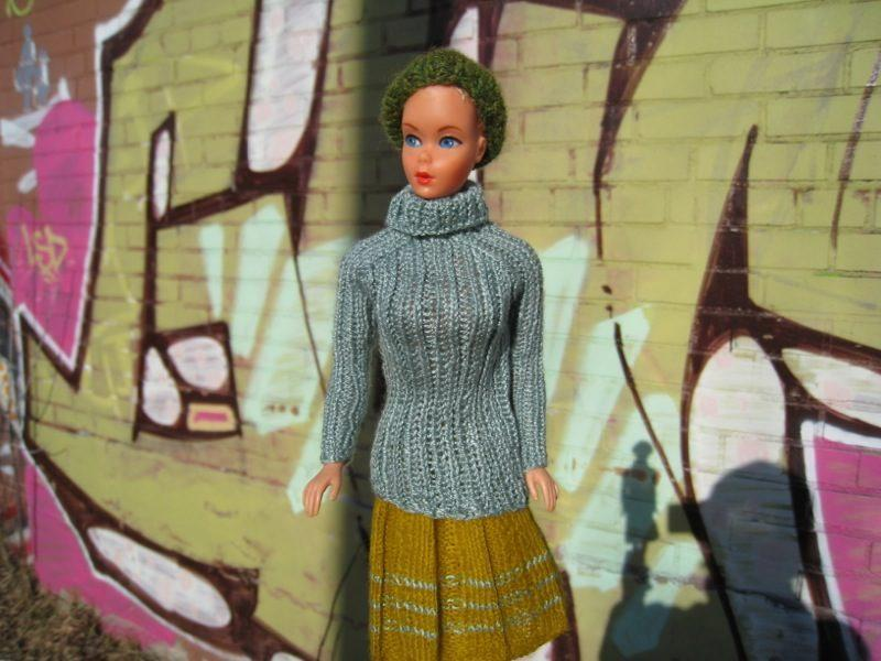 FREE Barbie Turtleneck Sweater Knitting Pattern