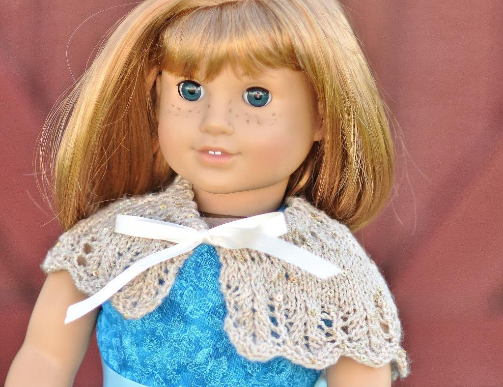 Glamour & Glitz 18 Inch Doll Shawl Knitting Pattern
