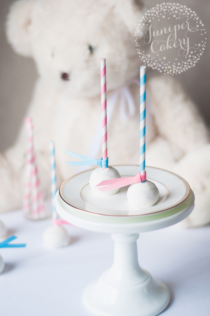Super easy gender reveal cake pops for cute baby showers