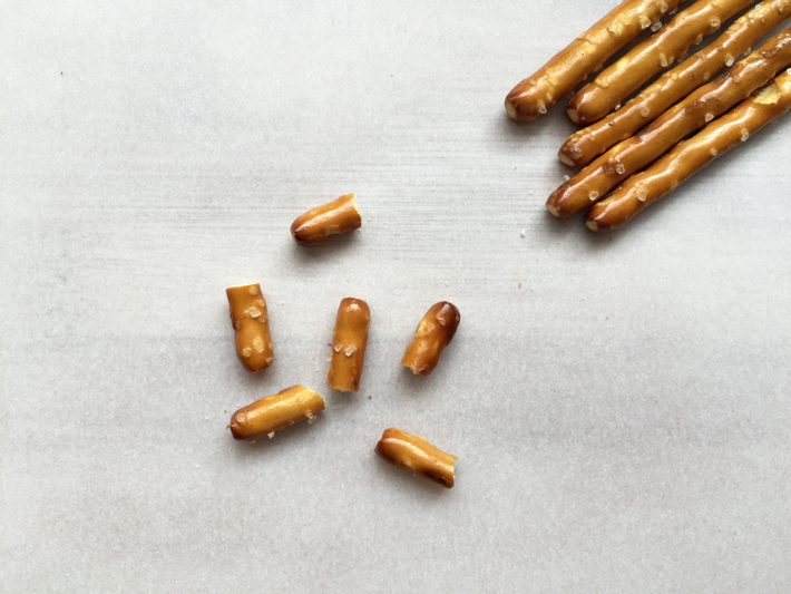 Snap pretzel pieces