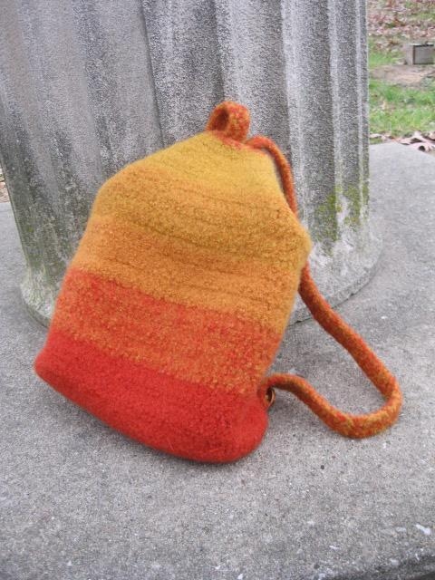 knockabout crochet backpack