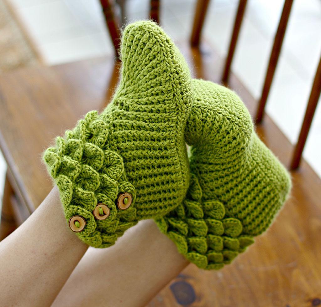 Crocodile Stitch Boots (Adult) Crochet Kit