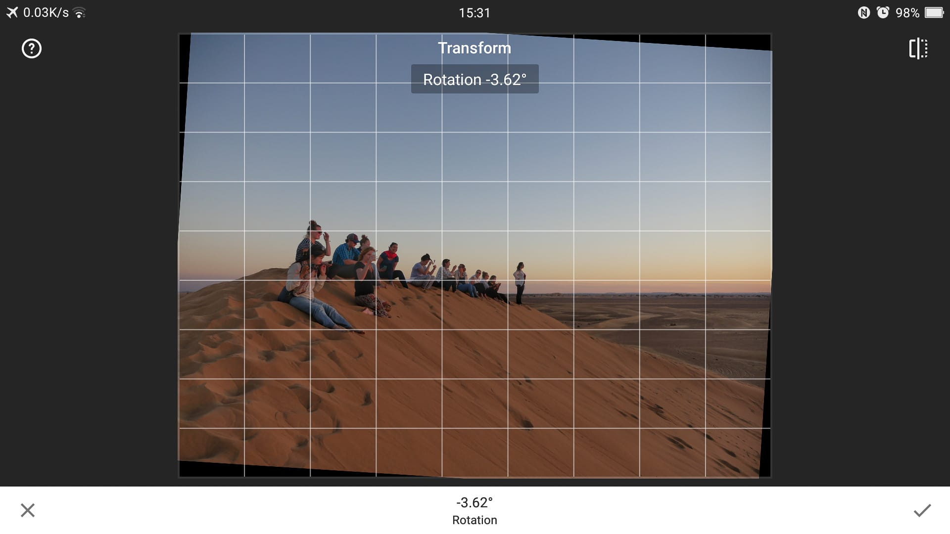 Transform rotate tool Snapseed
