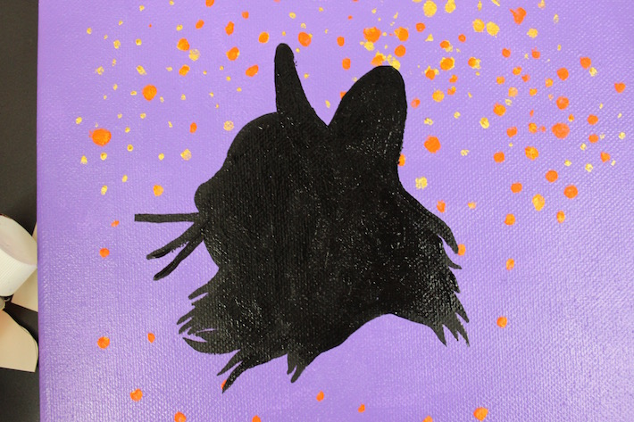 Finished cat silhouette in acrylic